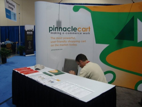 pinnaclecart booth HostingCon 2009