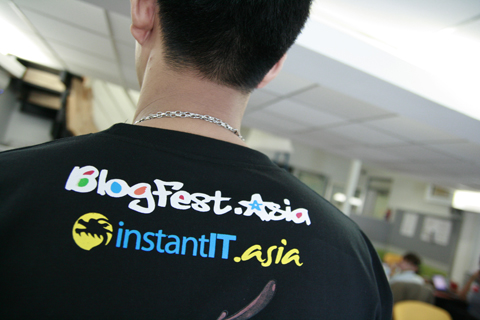 BlogFest.asia and instantit.asia t-shirt