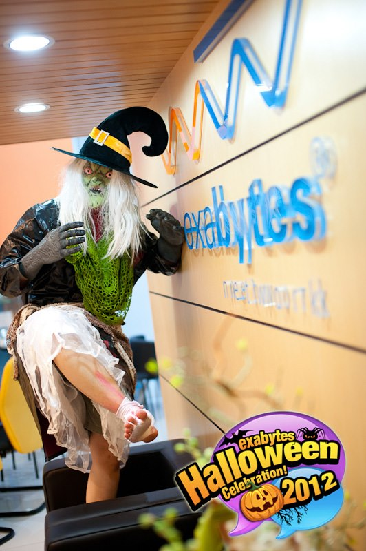 Exabytes Halloween Celebration 2012 (13)